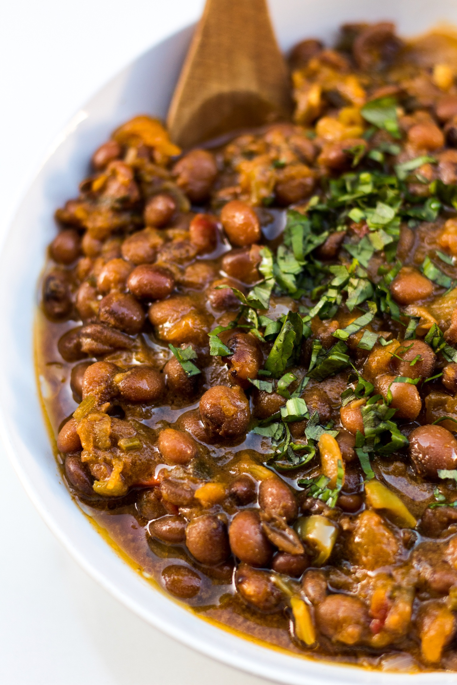 how to make pig tail stew peas